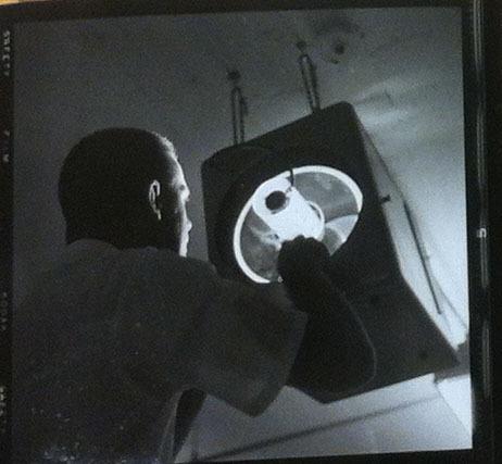 1952ELIvideoprojector2.jpg