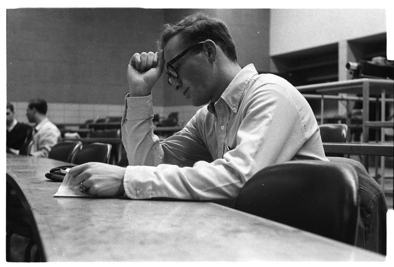 Classroom1967AudCstudentwprojectorbehind.jpg
