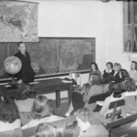 Classroomca1949with globe.jpg